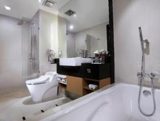 Grand Aston City Hall Hotel & Serviced Residences Medan - Baño