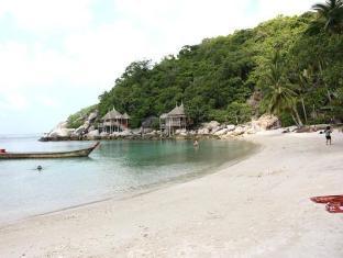 Пляж Сарири