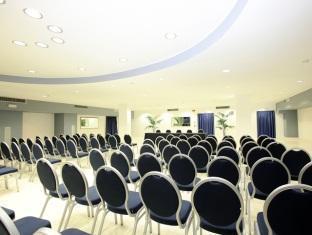 Hotel Capo Peloro Resort Torre Di Faro - Meeting Room