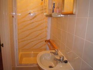 Adastral Hotel Brighton and Hove - Bathroom