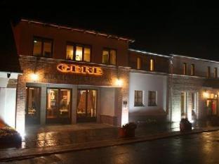 Crocus Gere Wine Hotel Wine Spa