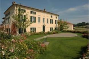 Cascina Spinerola Hotel