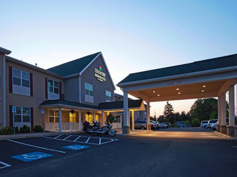 Country Inn and Suites By Carlson Ithaca