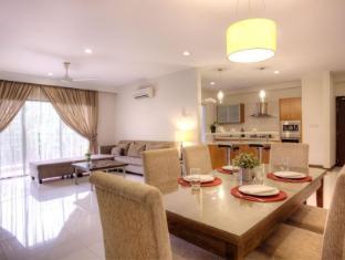 The Nomad Residences Bangsar Kuala Lumpur - 3 Bedroom-Dining Area