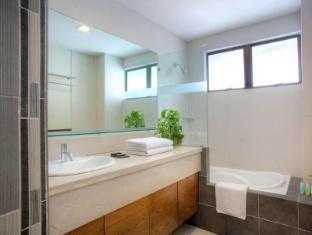 The Nomad Residences Bangsar Kuala Lumpur - 3 Bedroom - Master bedroom Bathroom