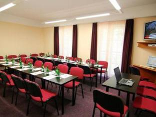 Hotel Alexandra Roztoky - Meeting Room