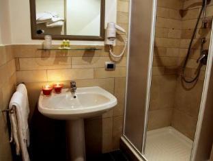 Idria Hotel Bagni Di Tivoli - Bathroom