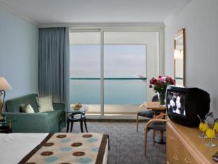 תמונות של מלון ישרוטל ים המלח