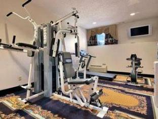 Ramada East Orange Hotel Newark (NJ) - Fitness Room