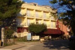 Sole E Monti Hotel