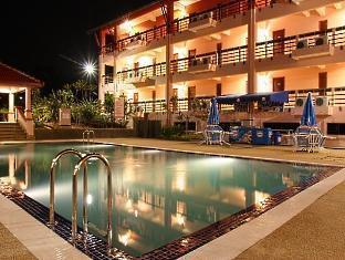 Hotel Seri Malaysia Melaka Malacca / Melaka - Swimming Pool at Night