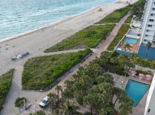 Crystal Beach Suites Hotel & Health Club Miami (FL) - Spiaggia