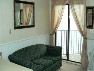 Palace Resort Luxury Suites Myrtle Beach (SC) - Guest Room