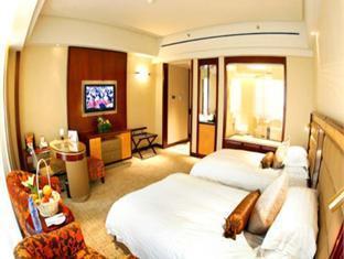 Ramada Plaza Taian Hotel - Room type photo