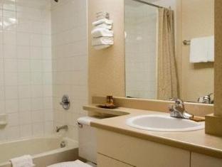 Sandman Hotel Vancouver City Centre Vancouver (BC) - Bathroom
