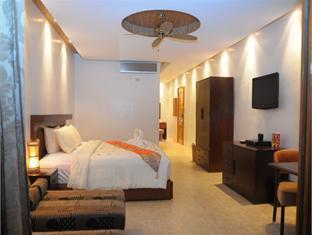 Ambassador in Paradise - Room type photo