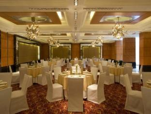 Taj Club House Chennai - Ball Room - Round Shape