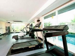 Convenient Grand Hotel Bangkok - Fitness Room