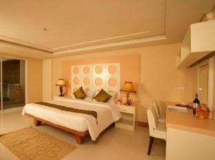 Convenient Grand Hotel Bangkok - Guest Room