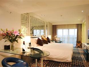 Yue Shanghai Hotel @ Century Park - Room type photo
