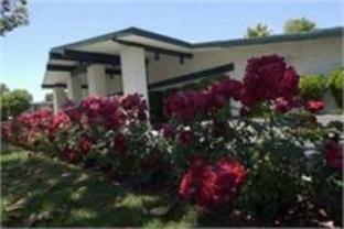 The Rose Garden Inn