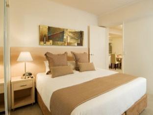 Oaks Precinct Hotel - Room type photo