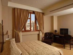 Room photo 10 from hotel Etoile Suites Beirut