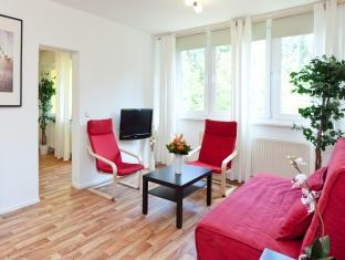 Europeapartments central Berlin Berlin - 3 Bedroom Apartment Holzmarktstrasse
