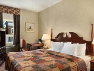 Howard Johnson Toronto West Lakeshore Hotel Toronto (ON) - Gästezimmer