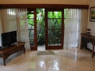 Amori Villa Hotel Bali - Guest Room