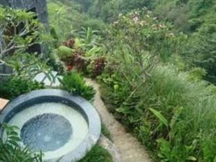 Amori Villa Hotel Bali - Hot Tub