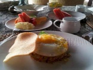 Amori Villa Hotel Bali - Food and Beverages