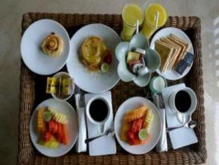 Amori Villa Hotel Bali - Hrana in pijača