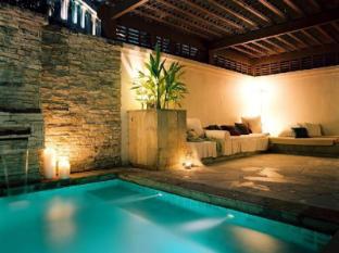 The Villas @ Sunway Resort Kuala Lumpur - Piscina