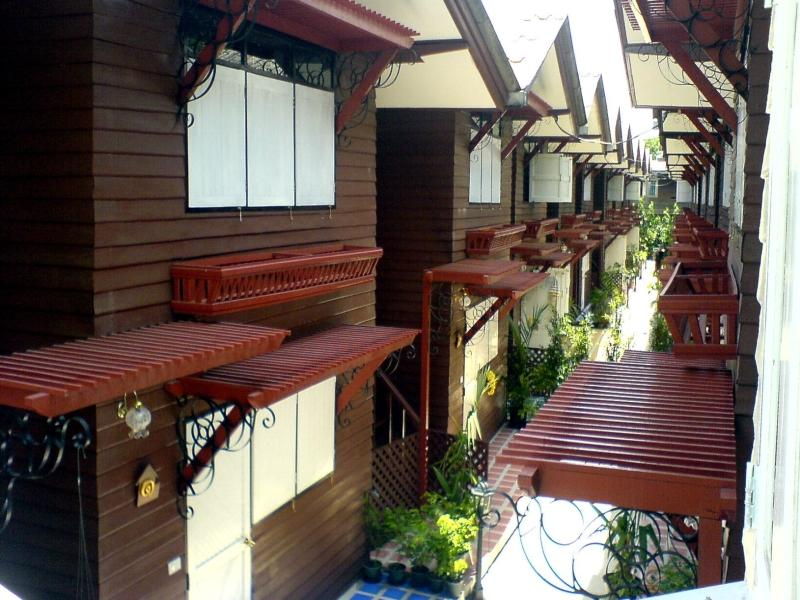 Bangphlat Resort - Hotels and Accommodation in Thailand, Asia