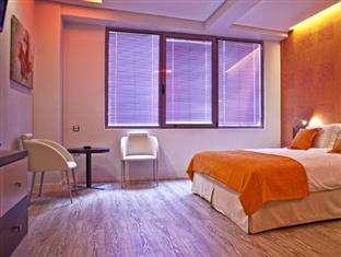 Novus City Hotel Athens - Guest Room