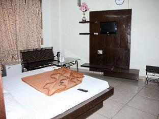 The Le Grand Hotel New Delhi and NCR - Standard Room