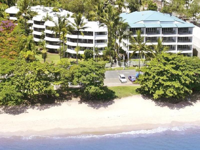 Roydon Beachfront Apartments - Hotell och Boende i Australien , Cairns