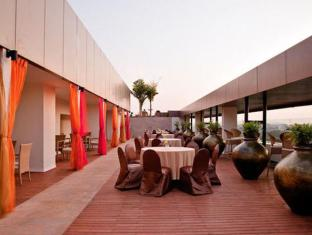 Vivanta by Taj Panaji Hotel North Goa - Ballroom -Open