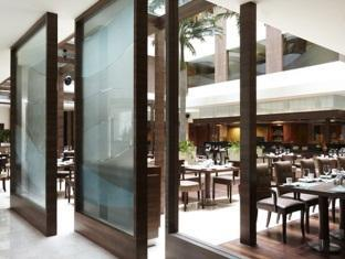 Vivanta by Taj Panaji Hotel North Goa - Food, drink and entertainment