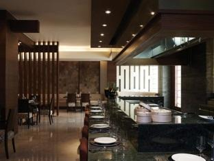Vivanta by Taj - Panaji North Goa - Food, drink and entertainment