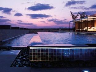 Vivanta by Taj Panaji Hotel North Goa - Celsius - Swimming Pool
