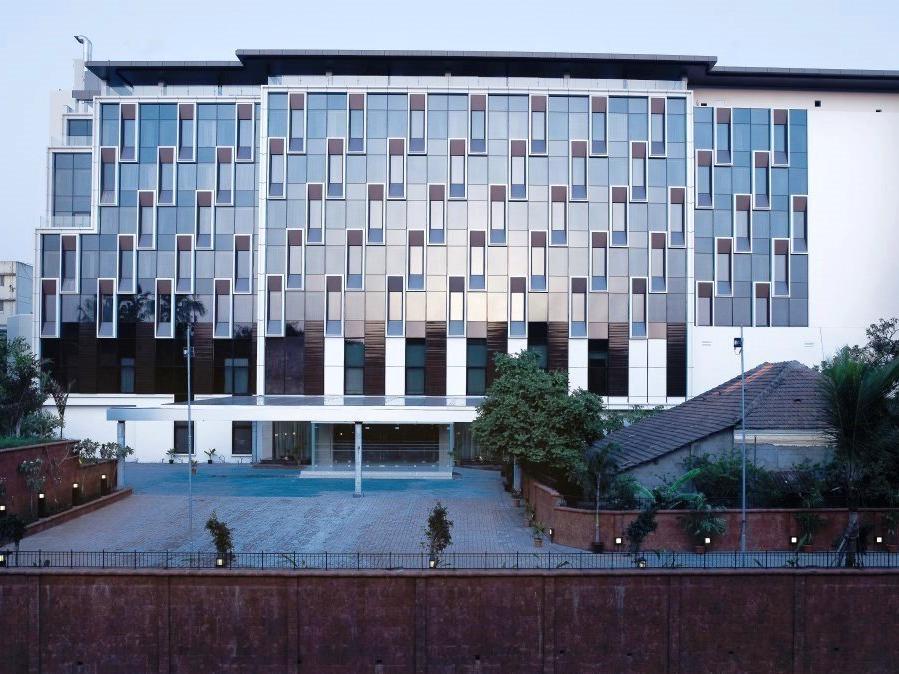 Vivanta by Taj Panaji Hotel