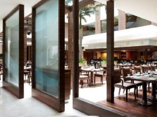 Vivanta by Taj Panaji Hotel North Goa - Latitude Restaurant