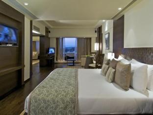 Vivanta by Taj Panaji Hotel North Goa - Presidential Nirvana Suite