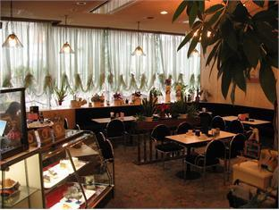 City Hotel Airport in Prince Osaka - Restaurant