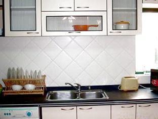 UC18 Apartment - More photos