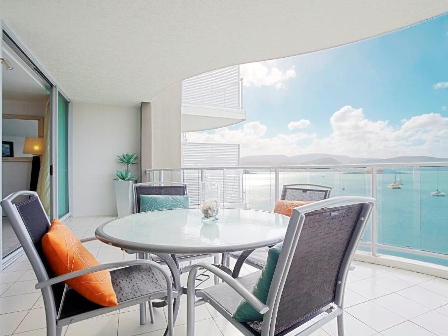 At Marina Shores Hotel - Hotell och Boende i Australien , Whitsundays