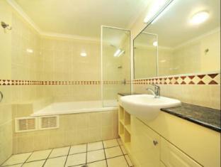Martinique Whitsunday Resort וויטסאנדייז - חדר אמבטיה