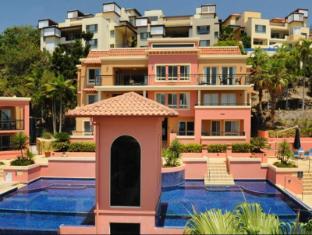 Martinique Whitsunday Resort וויטסאנדייז - בית המלון מבחוץ
